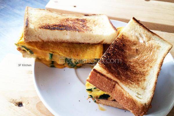 菠菜起司蛋三明治的做法