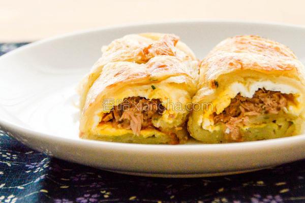 鲔鱼蛋葱油饼的做法