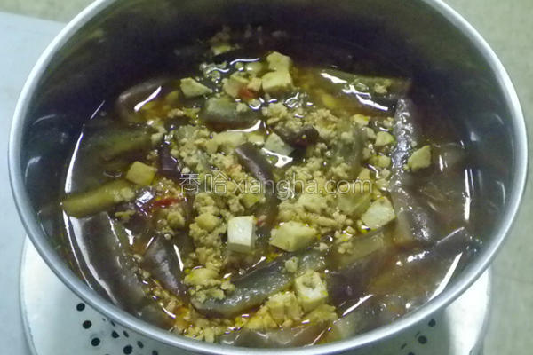 辣豆瓣豆腐烧茄子的做法