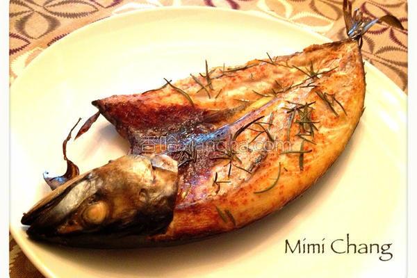 迷迭香红椒烤鲭鱼的做法