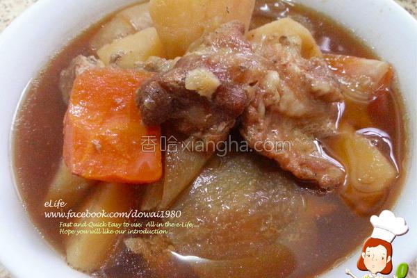 下饭菜马铃薯炖肉的做法