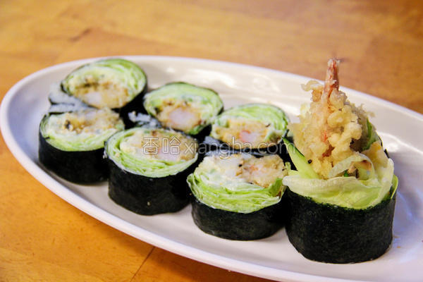 炸虾生菜寿司卷的做法