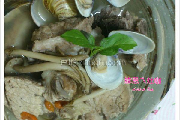 蛤蜊排骨菇菇汤的做法