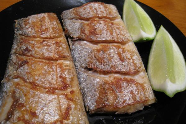 粉猪儿干煎白带鱼的做法