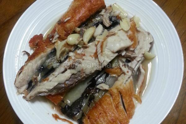 半煎煮鱼肚的做法