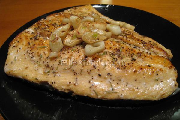粉猪儿西式煎鲑鱼的做法