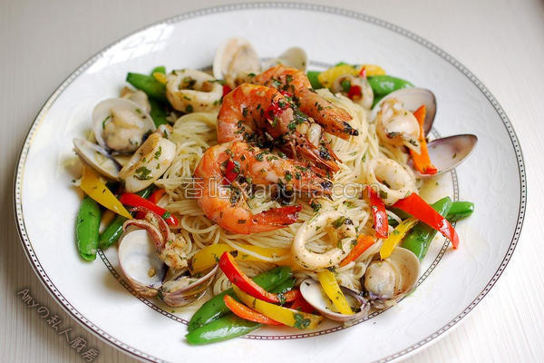 海鲜时蔬意大利面的做法