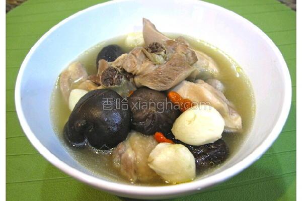 香菇蒜头鸡汤的做法