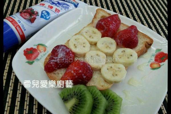 草莓果香吐司排的做法