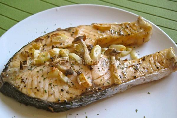 香蒜奶油烤鲑鱼的做法