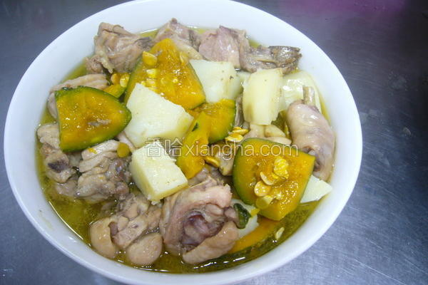 南瓜马铃薯炖鸡汤