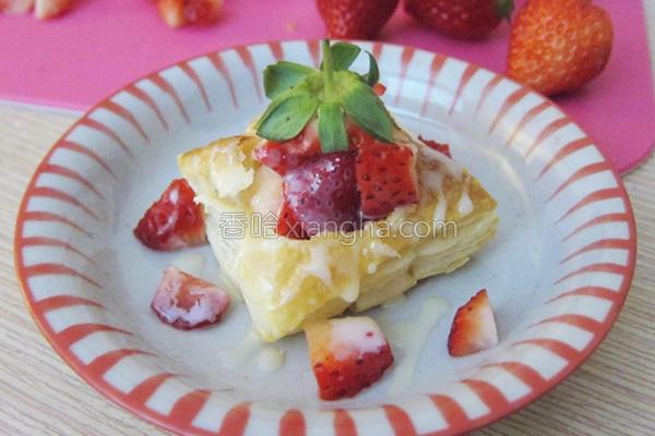 草莓一口酥的做法