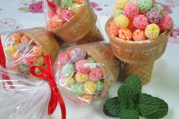 彩球棉花糖甜筒的做法