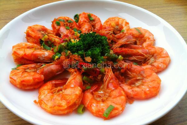 蒜香炒虾的做法