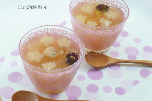 冰糖银耳梨子汤的做法