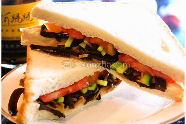 黑菇酱三明治的做法