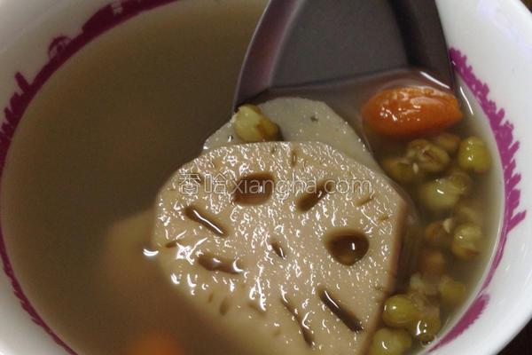 莲藕绿豆养颜汤的做法