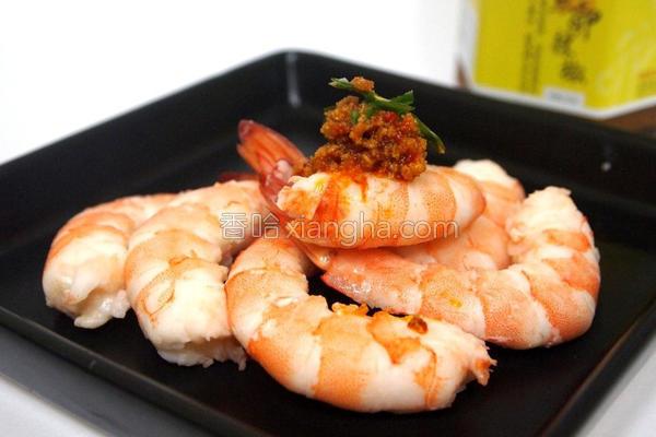 鱼卵辣椒鲜白虾的做法