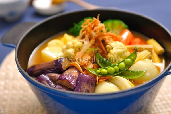 蔬菜排骨咖哩锅的做法