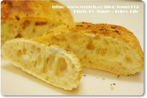 迷迭香佛卡夏面包的做法