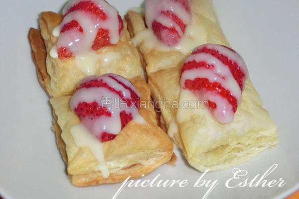 草莓恋奶酥饼的做法