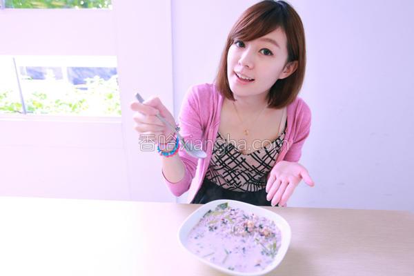 牛奶菠菜粥的做法