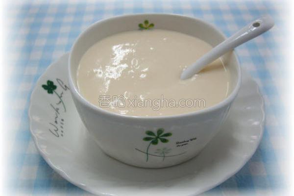 豆浆蔬果酸奶的做法