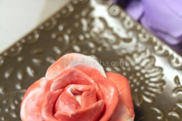 玫瑰花汤圆的做法