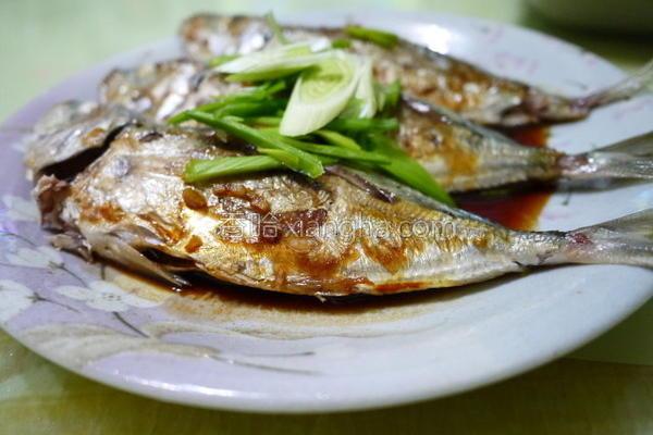 酱烧竹筴鱼的做法