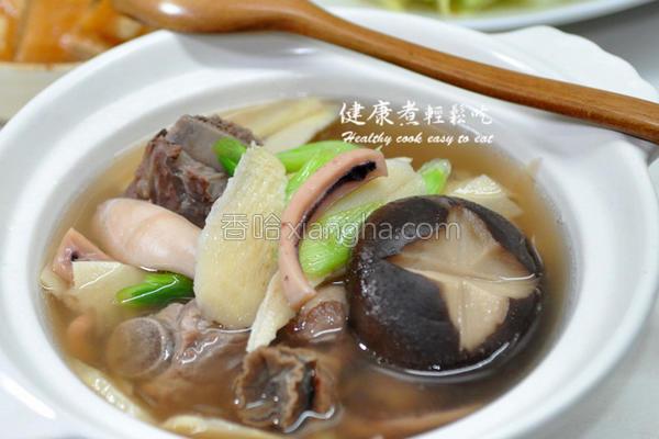 冬笋鱿鱼螺蒜汤的做法