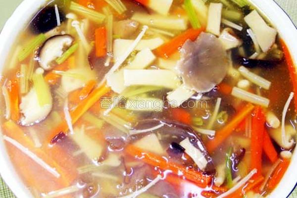 香芹鲜菇羹的做法