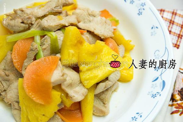 凤梨炒鸡片的做法