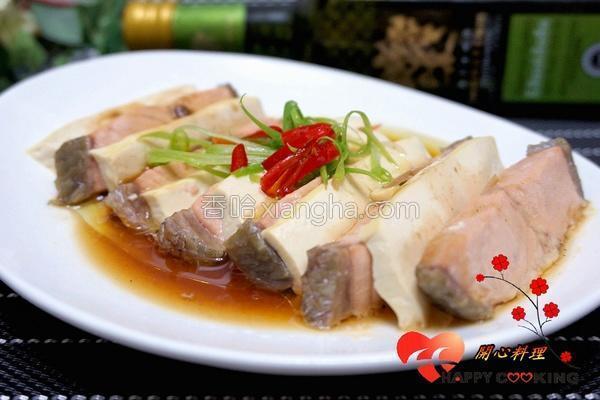 低脂鲑鱼蒸豆腐的做法