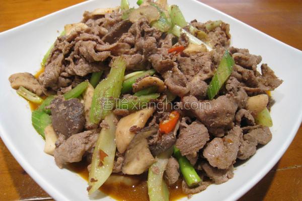 粉猪儿鲜香牛肉煲的做法