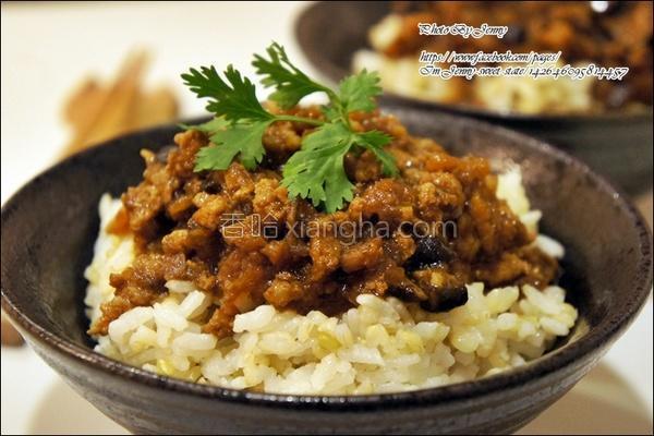 传统香菇肉燥饭的做法
