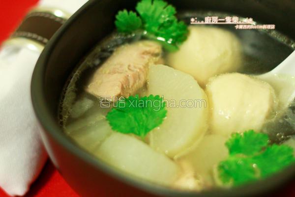 萝卜排骨鱼丸汤的做法