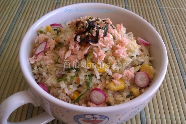 日式鲑鱼炒饭