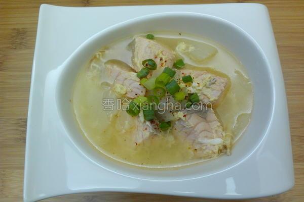 洋葱鲑鱼味噌汤的做法