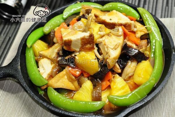 波萝铁板豆腐的做法