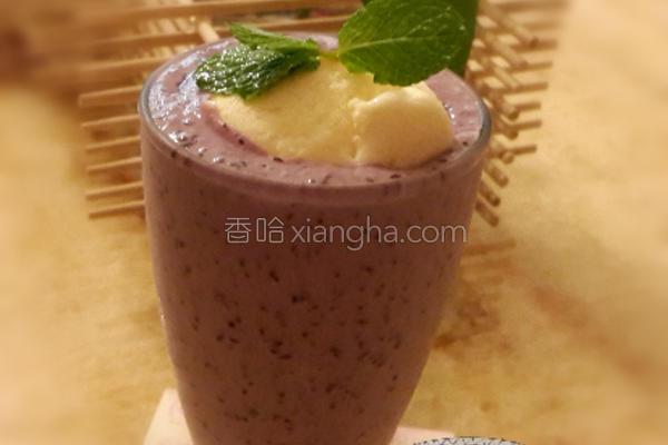 漂浮蓝莓冰沙的做法