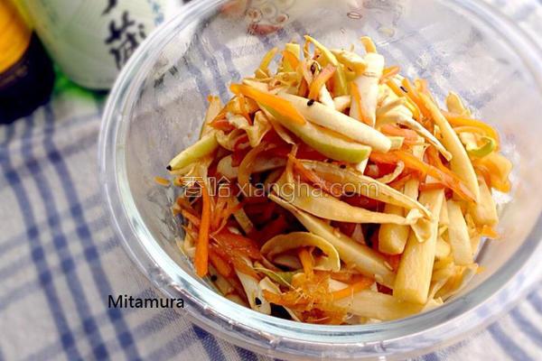 日式炒萝卜皮的做法
