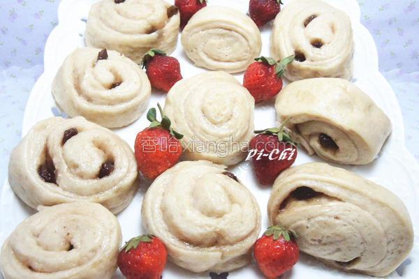 草莓葡萄炼乳馒头的做法