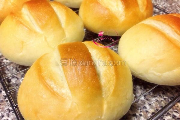 黄金炒饭面包的做法