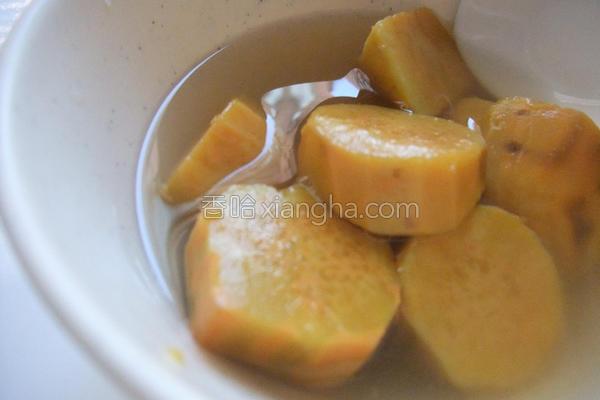 小雨食堂地瓜甜汤的做法