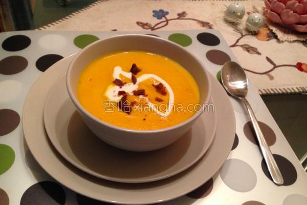奶油红萝卜浓汤的做法