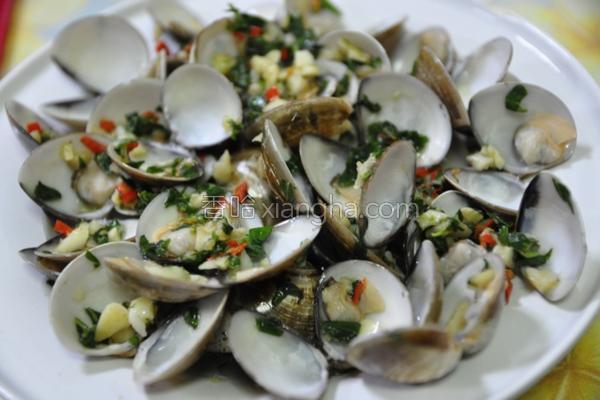 塔香蒜末蛤蜊的做法