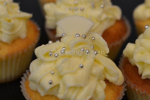 柠檬乳酪杯子蛋糕