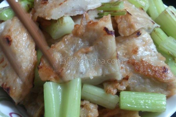 芹菜炒天妇罗的做法