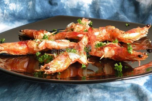奶油蒜味虾的做法