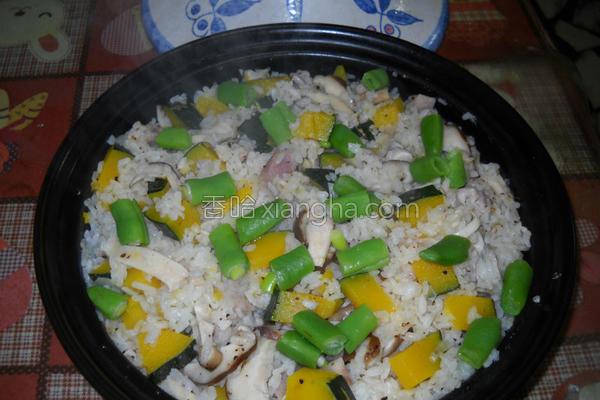 鲜菇南瓜炖饭的做法